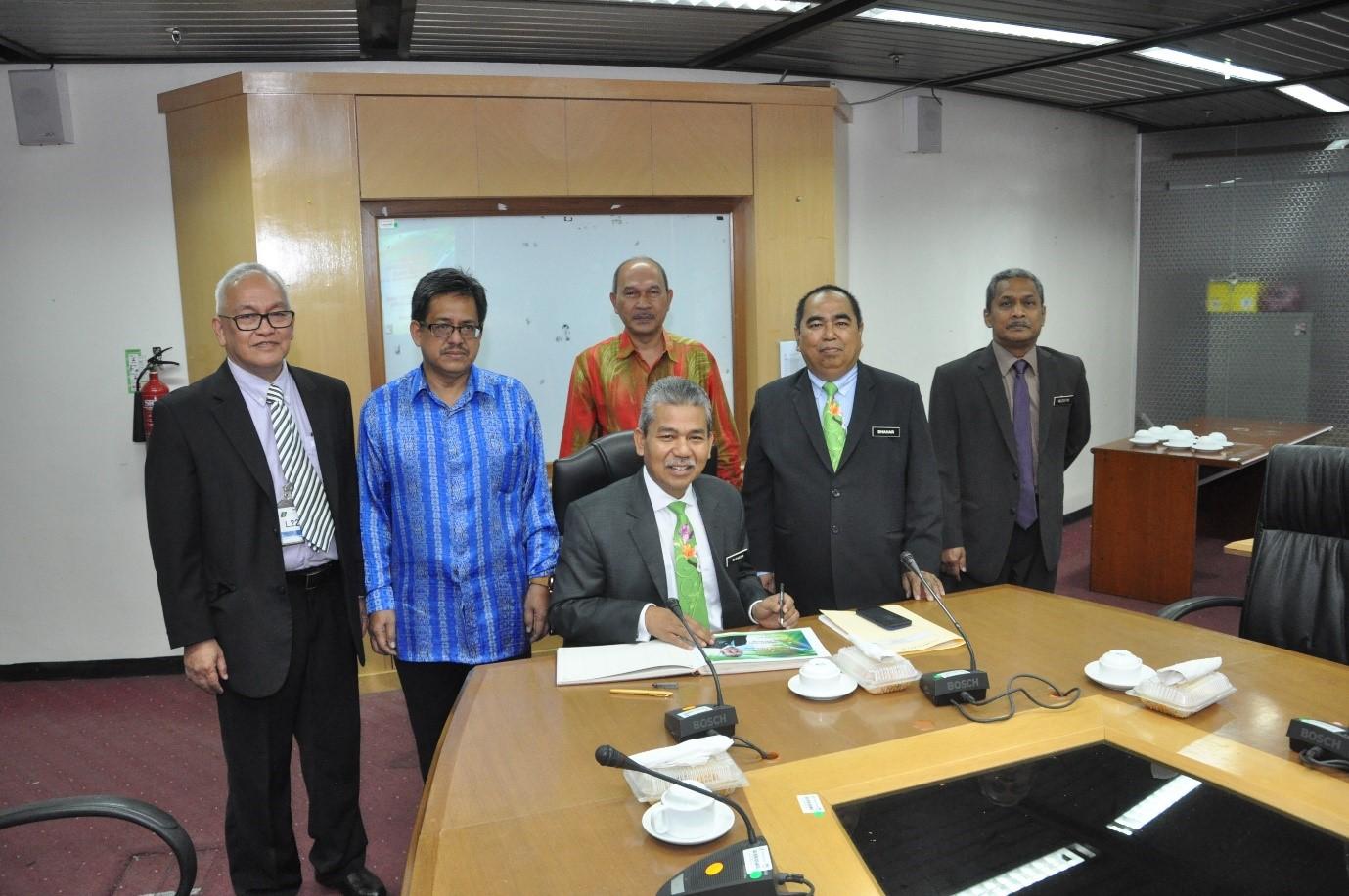 Lawatan Kerja TKSU Sumber Asli ke Ibu Pejabat JMG