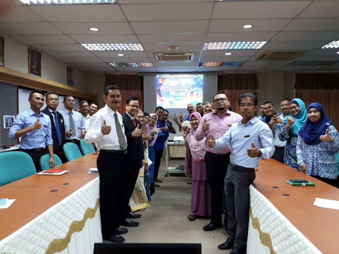 majlis perhimpunan hari pekerja warga JMG NSM