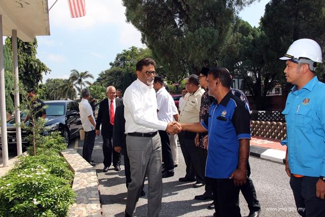 Lawatan Menteri Air, Tanah Dan Sumber Mineral Dr. Xavier Jayakumar Ke Muzium Geologi