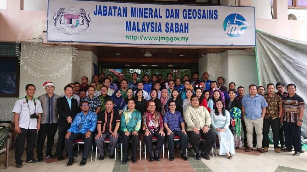 WARGA JMG SABAH MENGUCAPKAN SELAMAT TAHUN BARU 2020