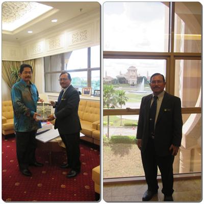 Lawatan Kunjungan Hormat Pengarah JMG Johor Ke Pejabat Setiausaha Kerajaan Negeri Johor