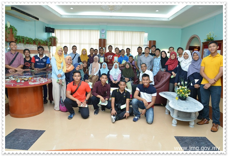 Lawatan Universiti Pertahanan Nasional Malaysia (UPNM) ke Pusat Penyelidikan Mineral, JMG