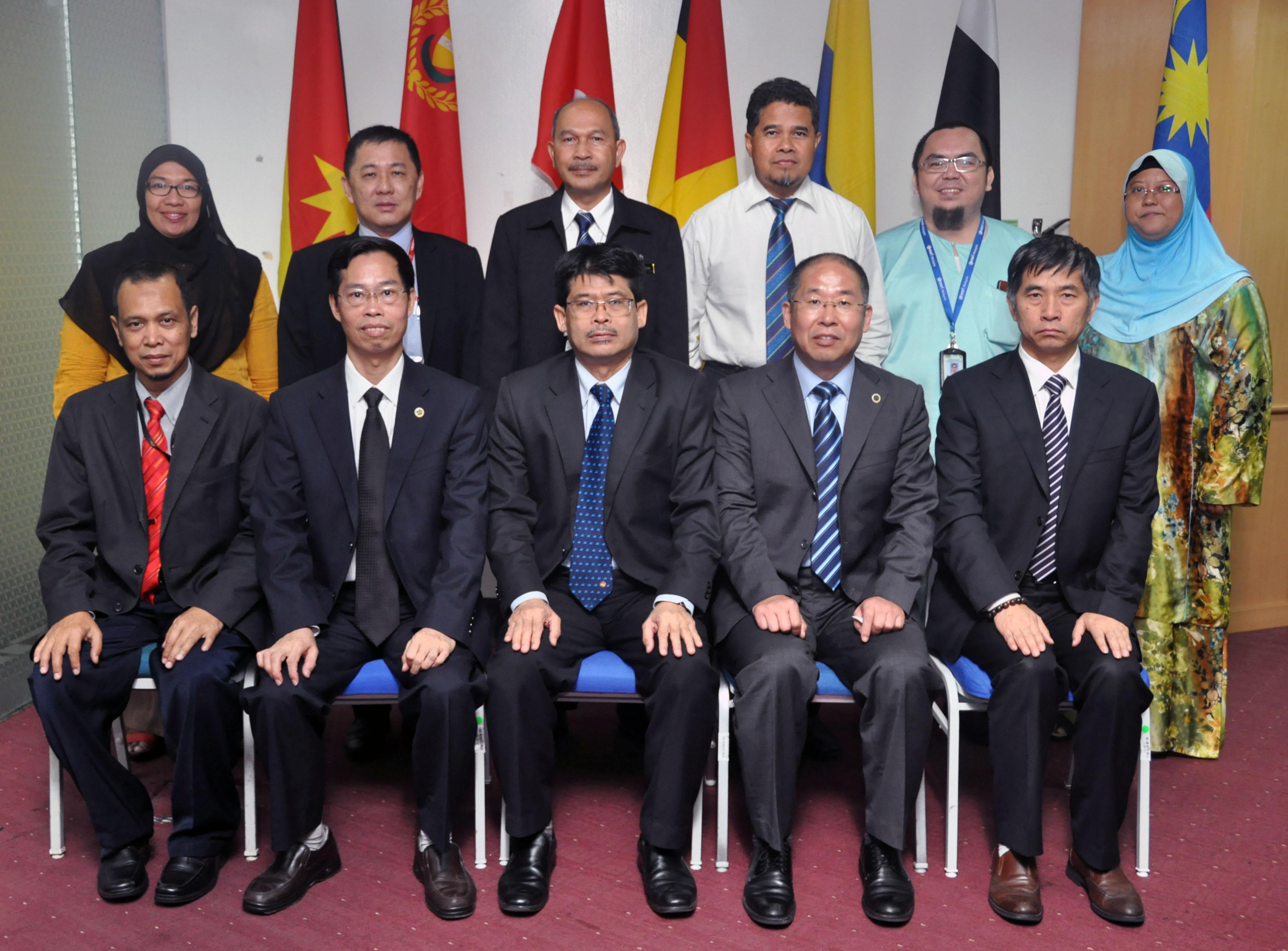 Lawatan Delegasi China Geological Survey (CGS) ke Ibu Pejabat JMG