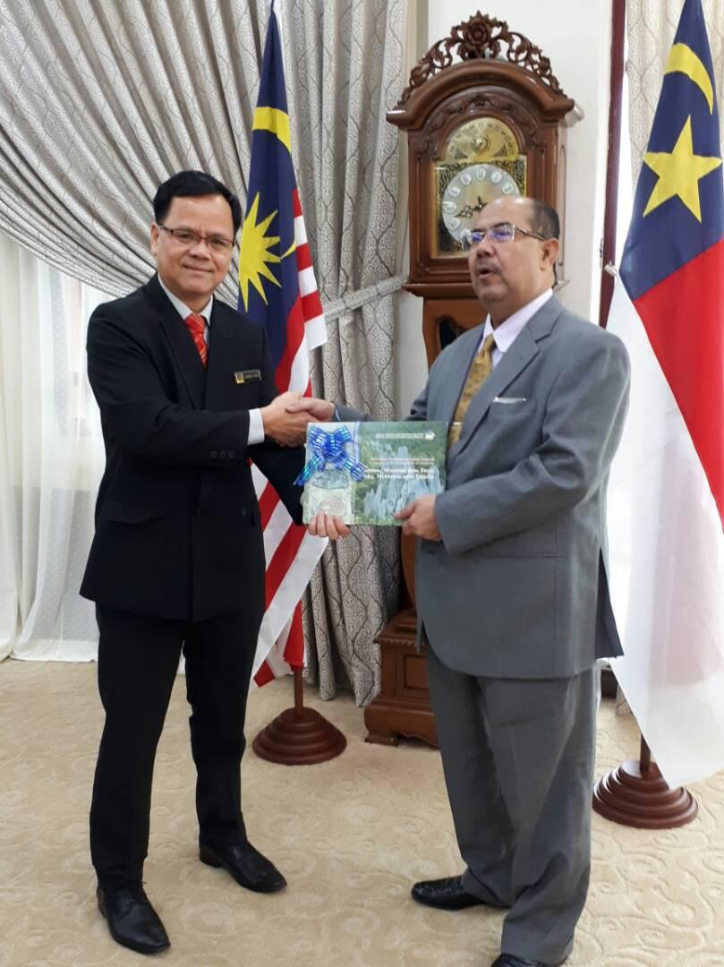 Kunjungan Hormat Pengarah JMG NSM ke Pejabat Setiusaha Kerajaan Negeri Melaka